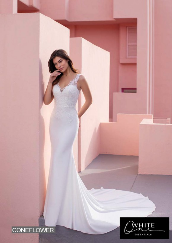 vestido novia White One Essentials modelo coneflower