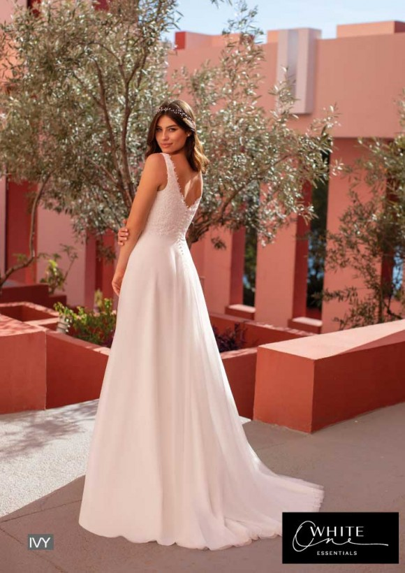 vestido novia White One Essentials modelo ivy