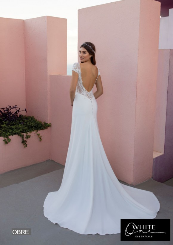 vestido novia White One Essentials modelo obre